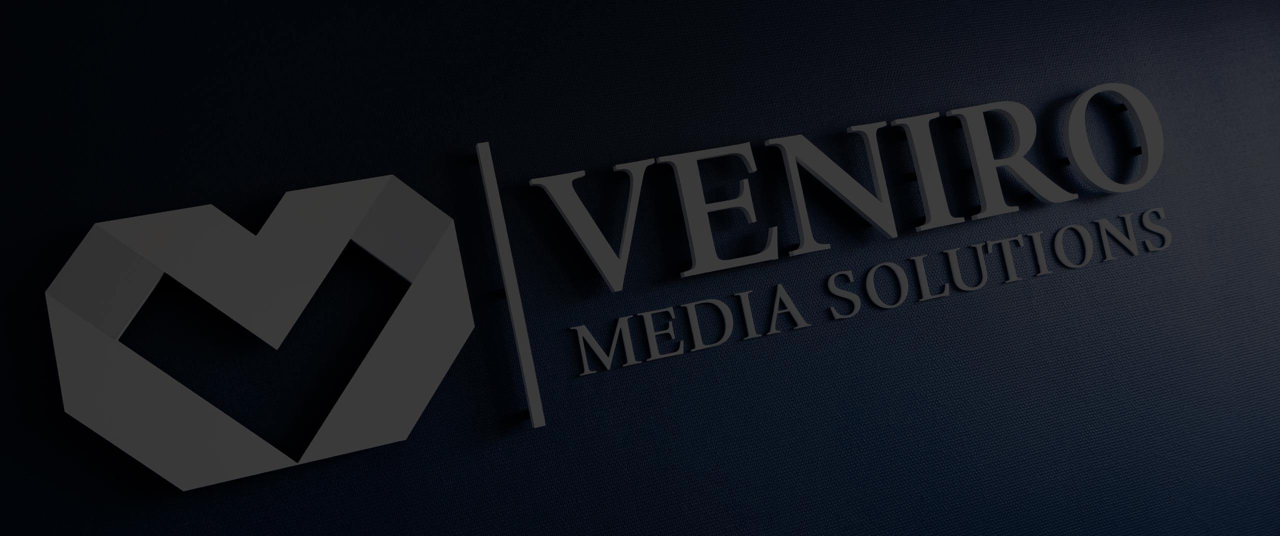 Veniro logo montert på vegg